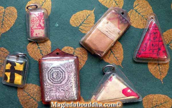 chinese buddhist amulets