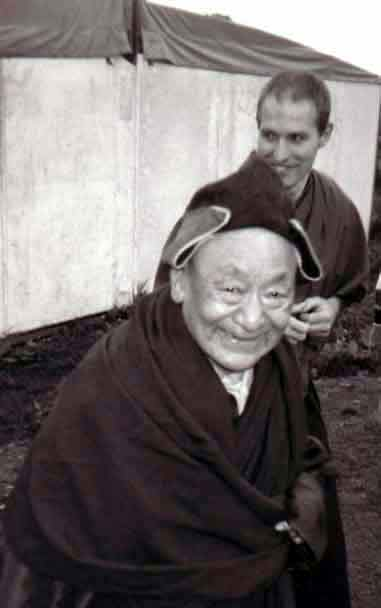 Le Très Vénérable Lama Guendune Rimpotché  Guendune2