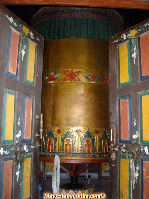 bonpo prayer wheel