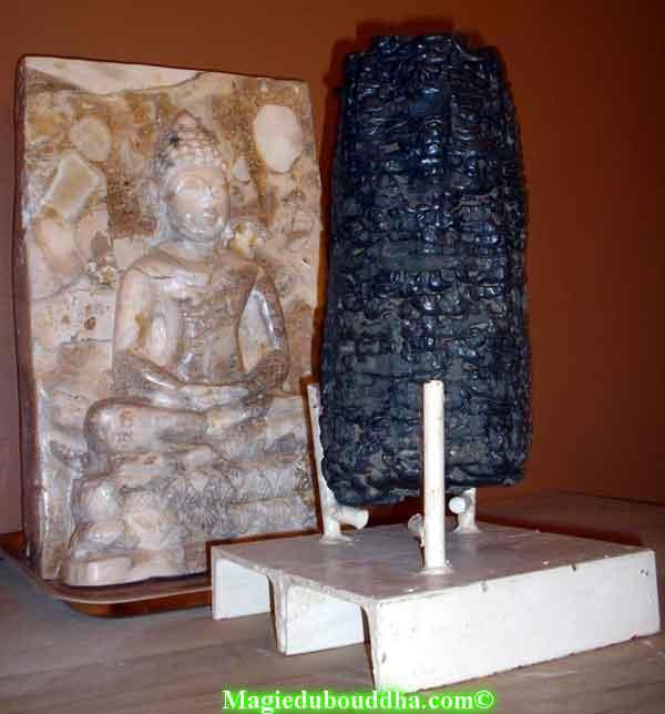 pierres sacrées de temple thailande